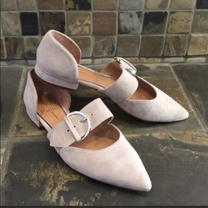 """Linea Paolo """"Dean"""" Pointy Toe Suede Flats Size 6.5"""